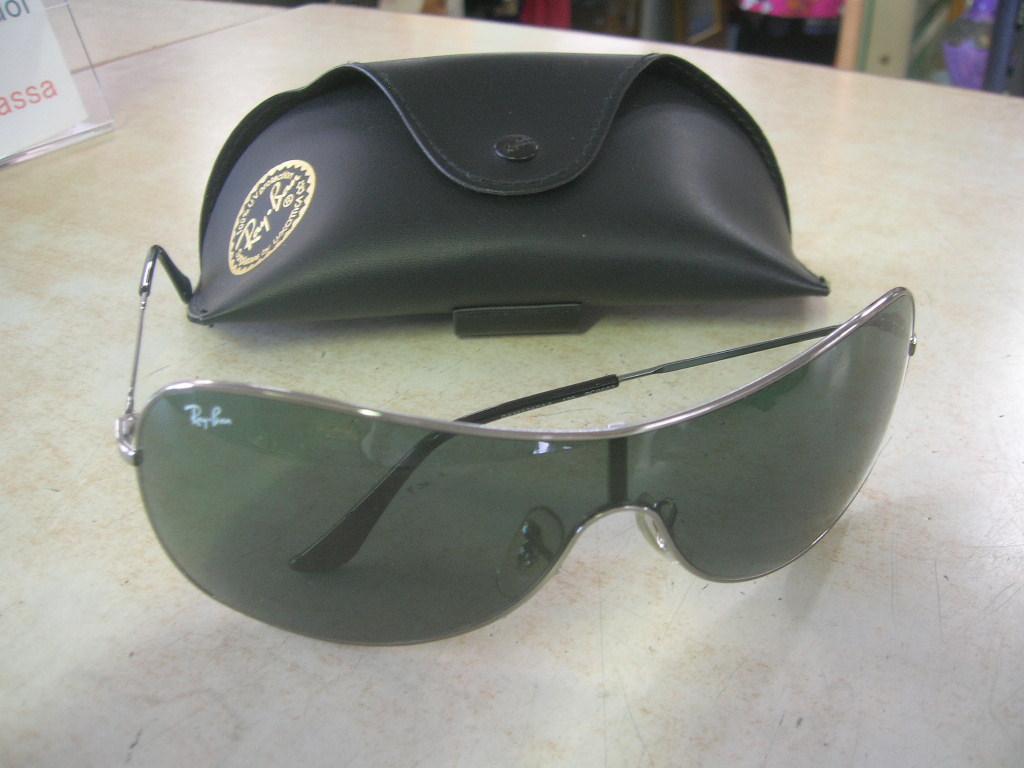 occhiali ray ban clubmaster usati